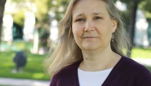 Amy Hennig Reflects On EA Cancelled Narrative-Driven Star Wars Game