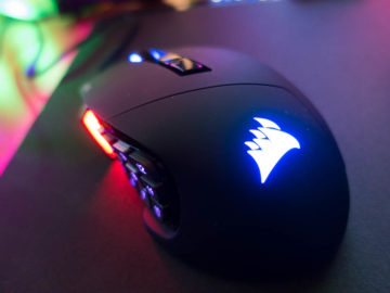 Corsair Scimitar Pro RGB Gaming Mouse Review