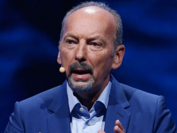 Peter Moore Leaving EA to Become the New CEO of Liverpool Soccer Team
