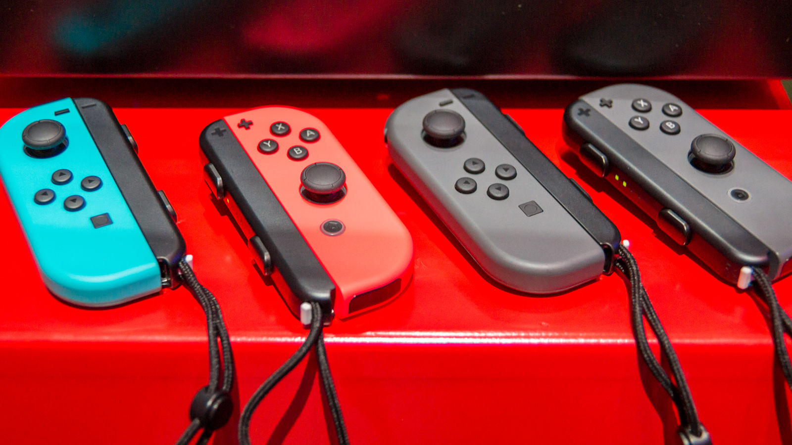 Nintendo Switch: How to Avoid Breaking Your Joy-Con Wrist Straps