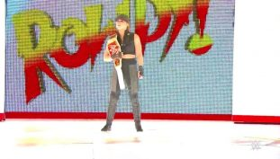 Rhonda Rousey Sports Sonya Blade Costume In WWE Match